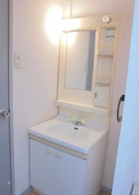 独立洗面化粧台(写真はイメージです)