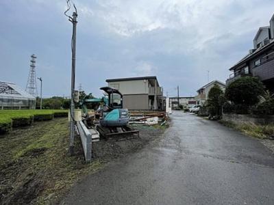 【前面道路含む現地写真】入間市小谷田 全1棟