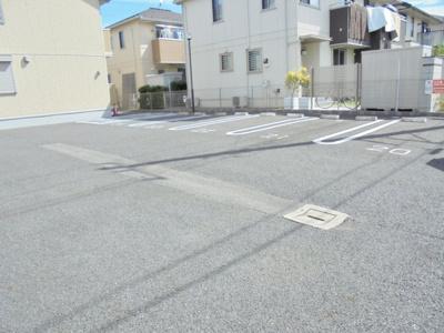【駐車場】フローラルB