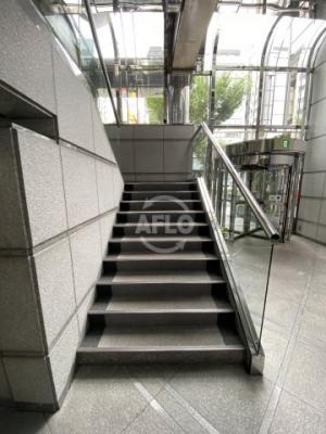 若杉センタービル本館 階段