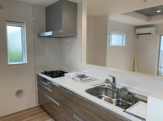 【キッチン】南雪谷3丁目新築戸建