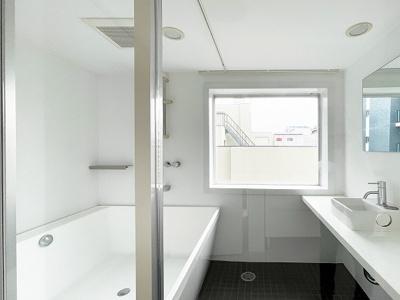 【浴室】ZEQUE NAMBANISHI