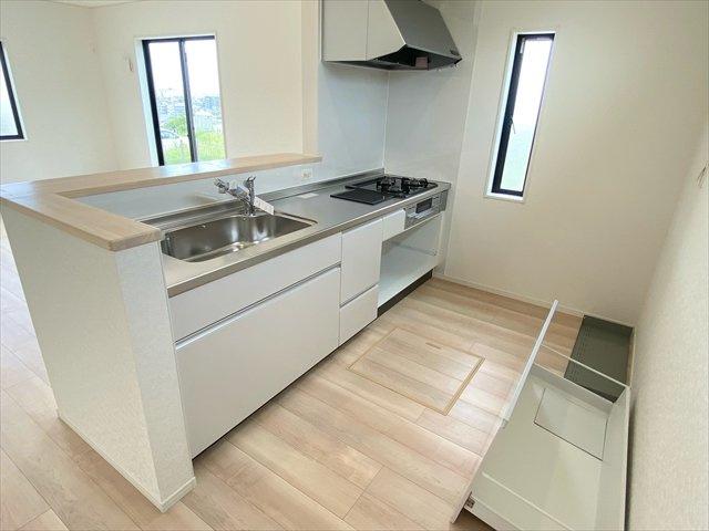 【居間・リビング】新築一戸建て「小田原市久野第37」全1棟
