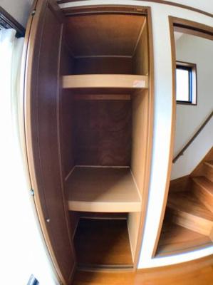 ●2階リビングの収納です♪