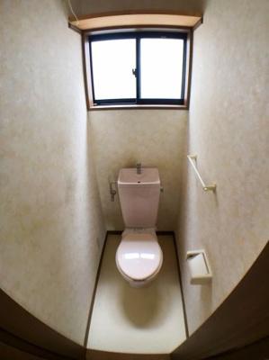 ●2階トイレの写真です♪