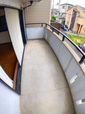 ●2階のワイドバルコニーです♪