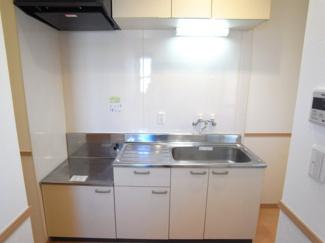 キッチンはガスコンロ設置可能!