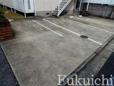 【駐車場】ヒサズ・ハウス