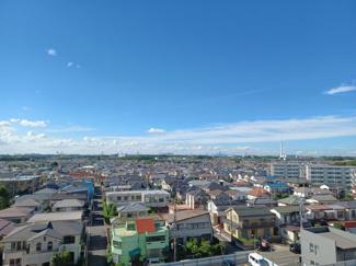 稲毛ファミールハイツ1号棟 北西側洋室からの眺望です!