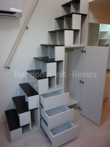 ハーモニーテラス北新宿の収納付き階段②☆