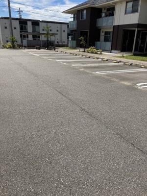 【駐車場】メゾンステラ
