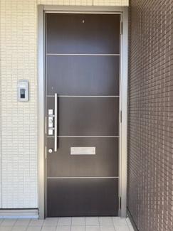 【玄関】メゾンステラ