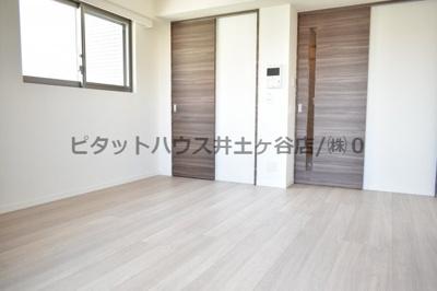 【居間・リビング】プラージュベイ横濱関内