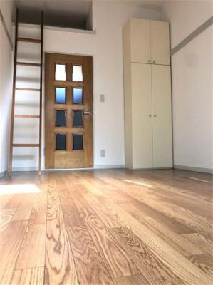 クローゼットタイプの収納※別部屋参考写真