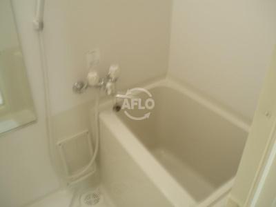 ディオレクレスト東心斎橋 浴室