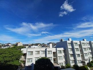 第三稲毛ハイツ26棟 前面には視界を遮蔽物がなく眺望良好です!