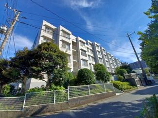 第三稲毛ハイツ26棟 総武線「稲毛」駅まで徒歩8分の好立地に存するマンションです!
