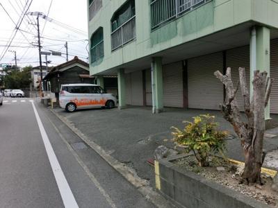 【駐車場】府中ハイツI