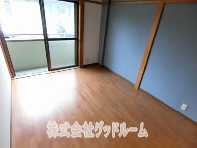 【居間・リビング】ファミリーハイツ