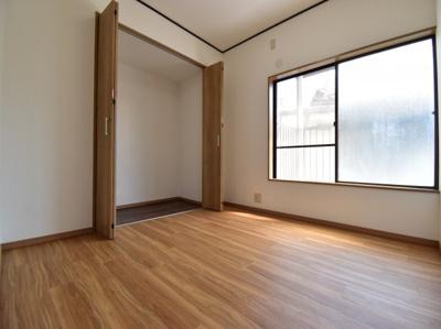 コンパクトな部屋でも工夫次第で広く暮らすことは可能。基本のセオリーと間取りに合ったアイテムをプラス。
