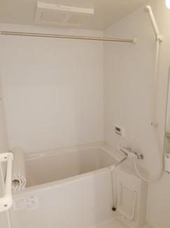 換気乾燥暖房追焚機能付きのバスルームとなります。