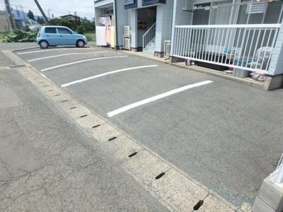 【駐車場】アメニティ津志田 C