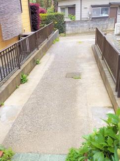 【玄関】三浦市初声町和田 一戸建