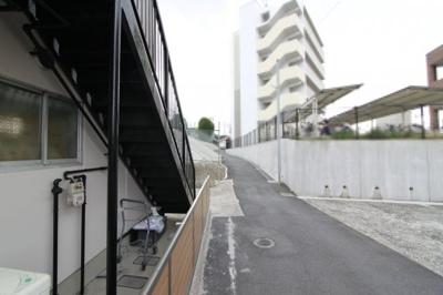 近鉄大阪線「二上」駅まで徒歩1分の立地