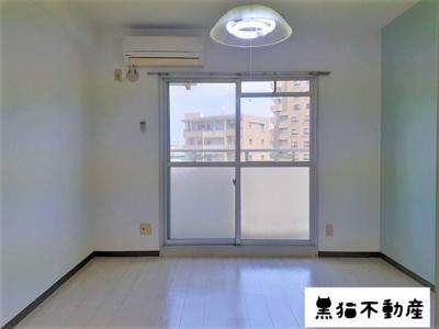 【居間・リビング】サンシャイン尾頭橋