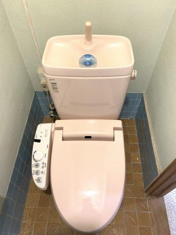 ウオシュレット付のトイレです。