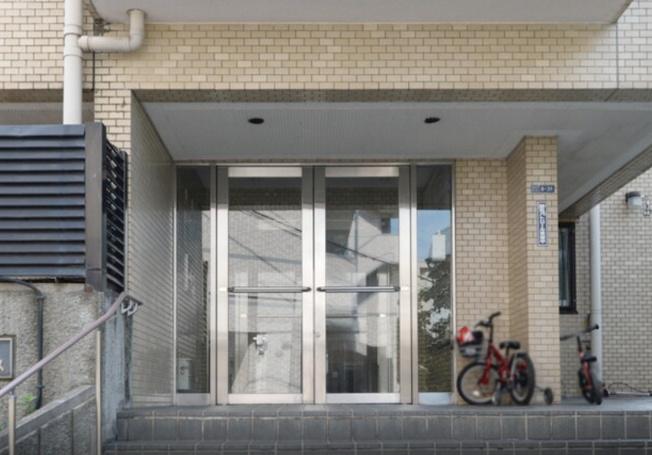 【エントランス】マートルコート新宿ガーデンハウス