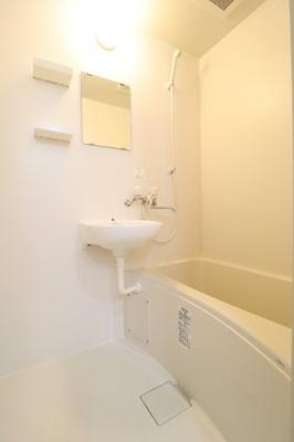 【浴室】プルミエール東山七条