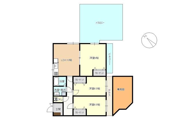 ルーフバルコニーと専用庭付きの贅沢な3LDK。全居室洋室にリフォーム済みです