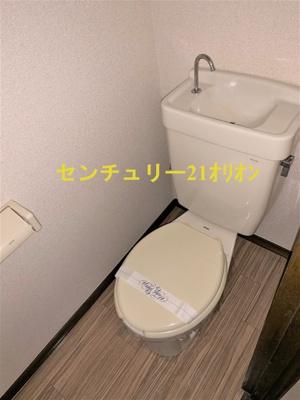バストイレ別のトイレです