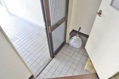 【玄関】南新町5丁目貸家