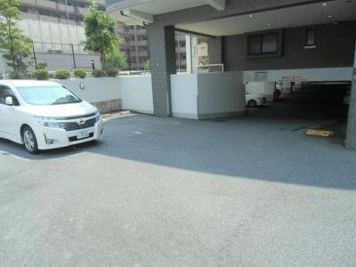 【駐車場】ロータリーマンションパレリヴァージュ
