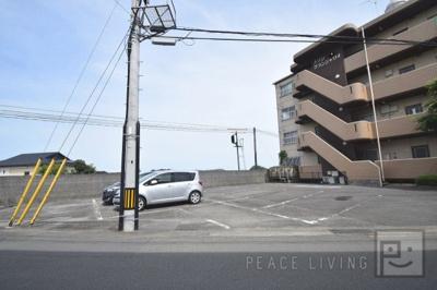 【駐車場】メゾングランシャリオ