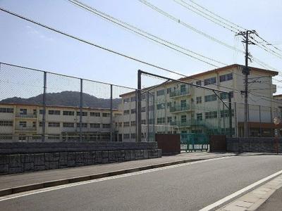 北九州市立 長行小学校まで500m