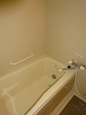 浴室乾燥・追い焚き機能付きオートバス。