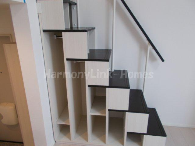 ハーモニーテラス堀切の収納階段
