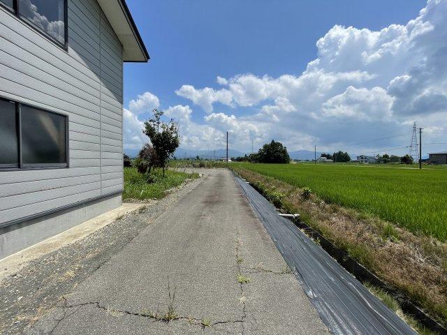【外観】大仙市 高梨の住宅用地 高梨小学校まで230m
