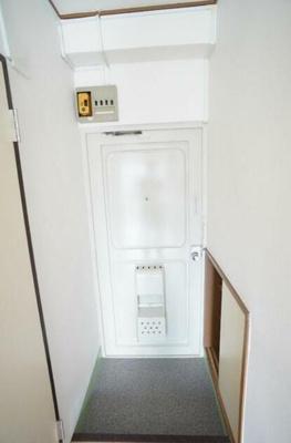 【玄関】ニドーハウス
