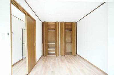 【寝室】ニドーハウス