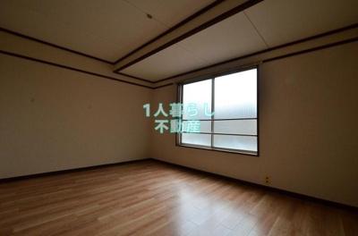 洋室のお部屋です