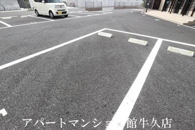 【駐車場】ユーミー