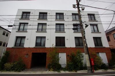 JR蒲田駅から徒歩10分のお洒落なマンションです。
