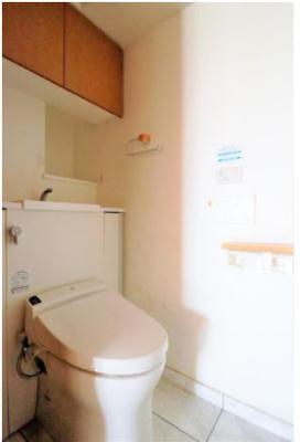 ◇温水洗浄機能付きですので、機能面でも優れたトイレです!