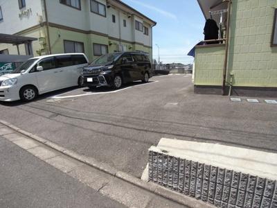【駐車場】ルーエックⅡ