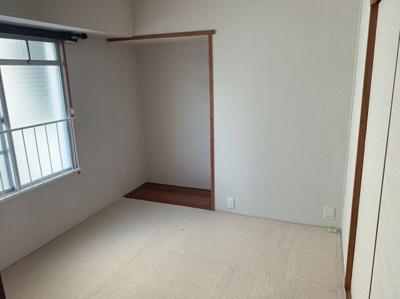 4.5帖の和室です。シンプルで使いやすいお部屋です。