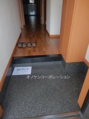 【玄関】ルナフィット